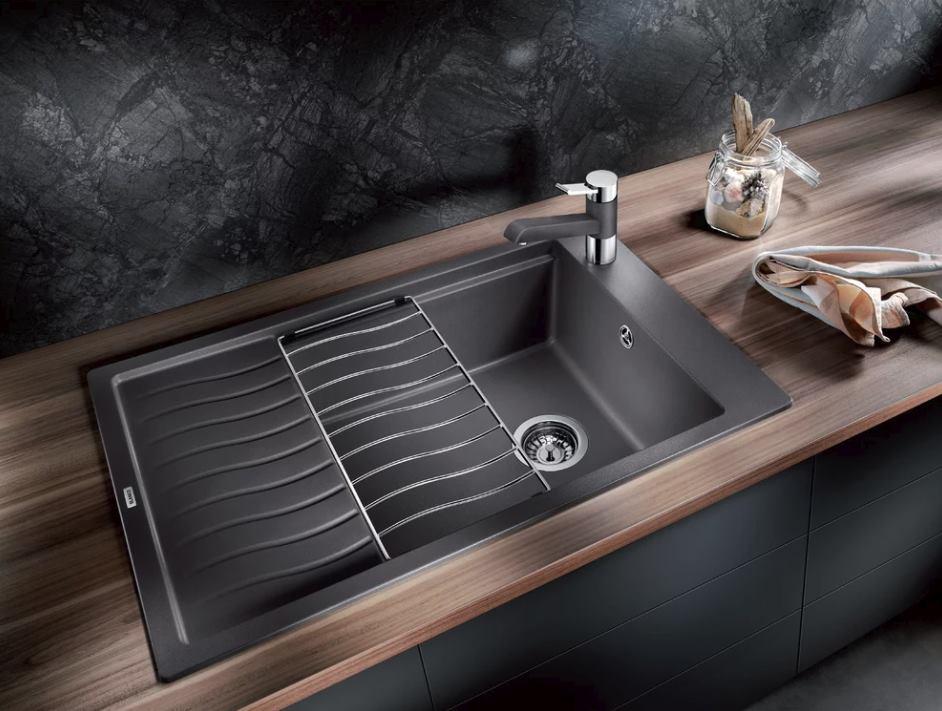 Dokonalý súlad doplnkov a nábytku v kuchyni